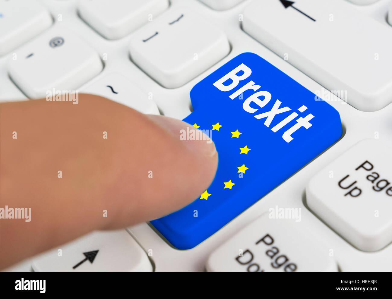 Concetto Brexit pulsante per simboleggiare il Regno Unito a lasciare l'UE. Pulsante Brexit. Immagini Stock