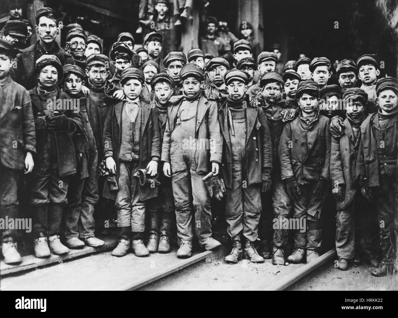 Breaker Boys, Lewis Hine, 1910 Immagini Stock