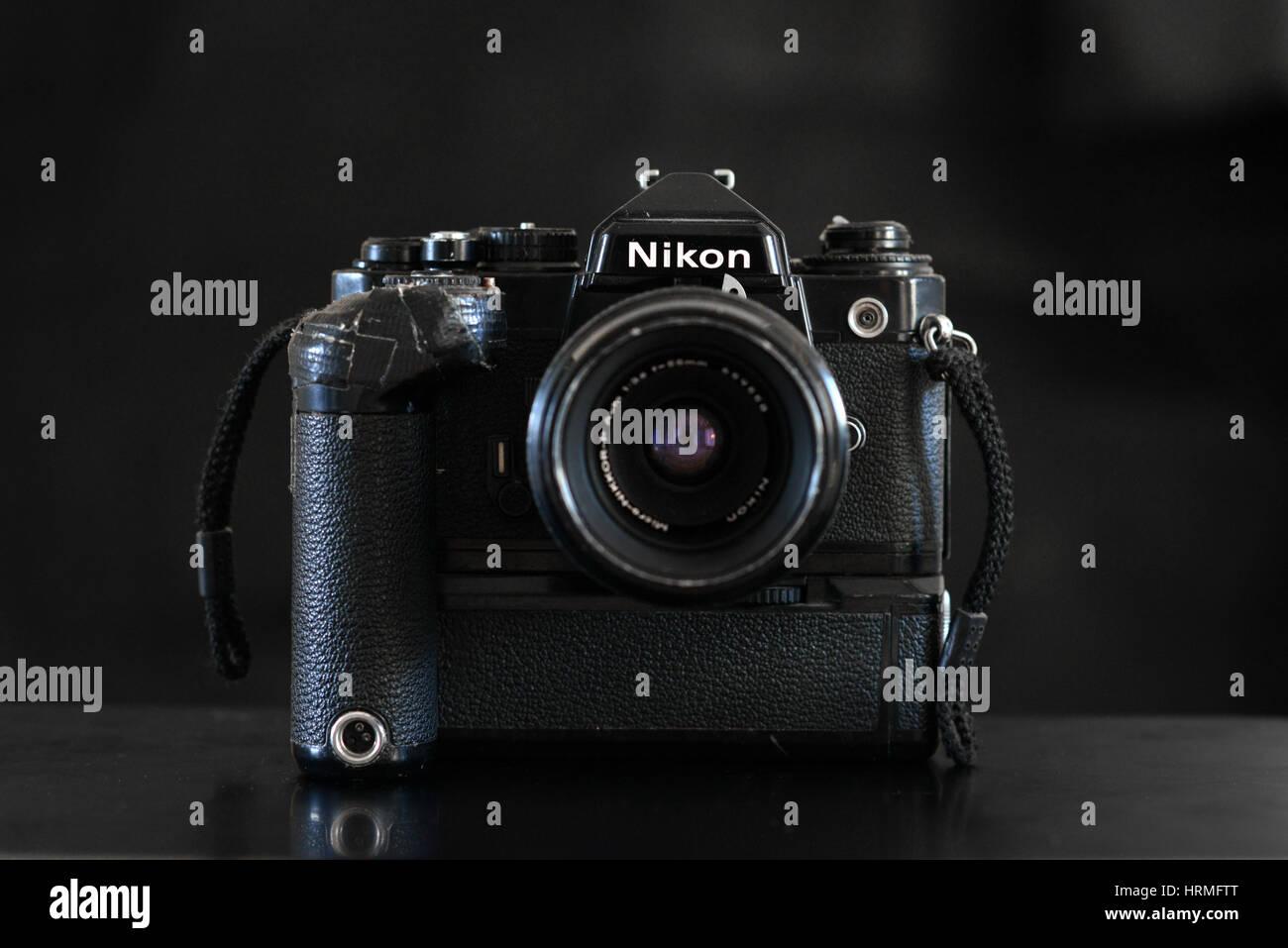Vintage film Nikon fotocamera FE Immagini Stock