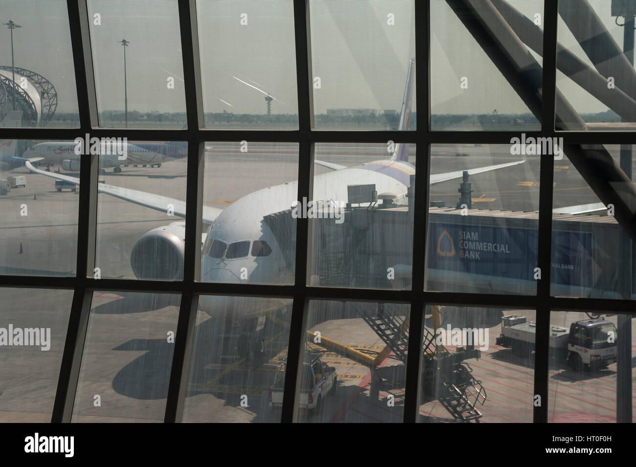 08.02.2017, Bangkok, Thailandia, Asia - un Thai Airways piano passeggero è parcheggiata in corrispondenza di Immagini Stock