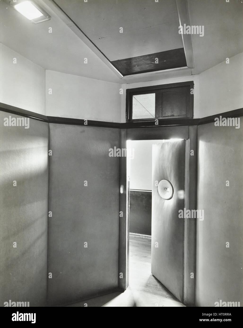 Camera imbottito, Saint Ebba's Hospital, Surrey, 1938. Artista: sconosciuto. Foto Stock