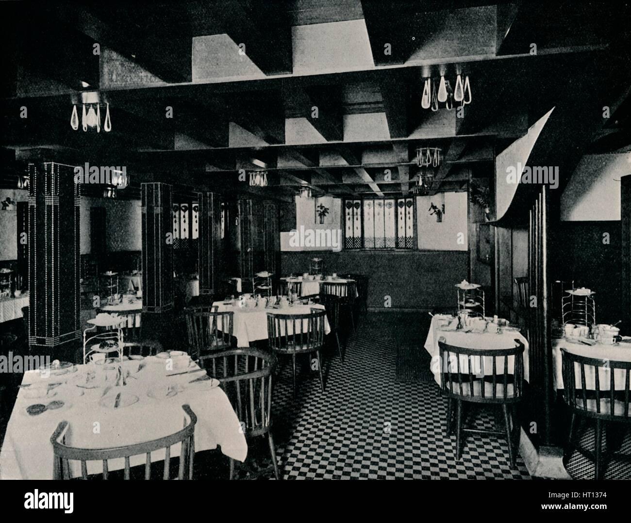 La vecchia cucina a Miss Cranston\'s Tea House, Argyle Street ...