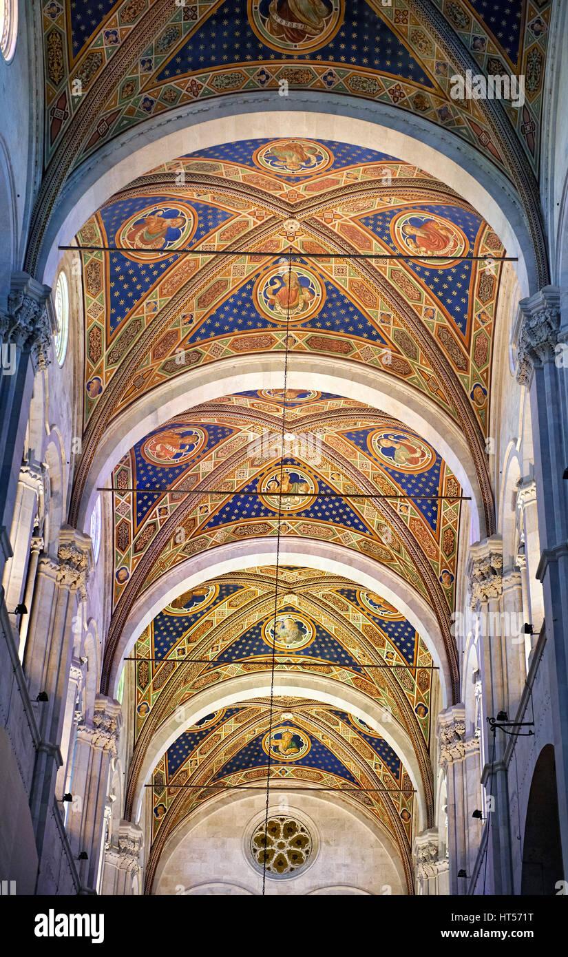 Dipinto Di Soffitto A Volta Della Cattedrale Di San Martino Duomo Di Lucca Tunscany Italia Foto Stock Alamy
