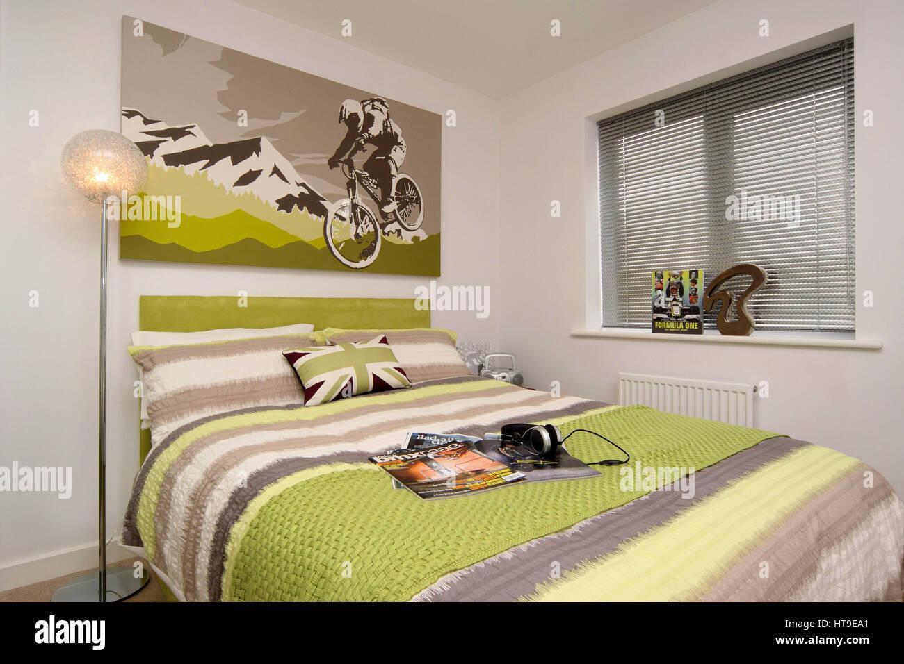 Home interno, ragazzi in camera da letto, tema BMX, ciclismo ...