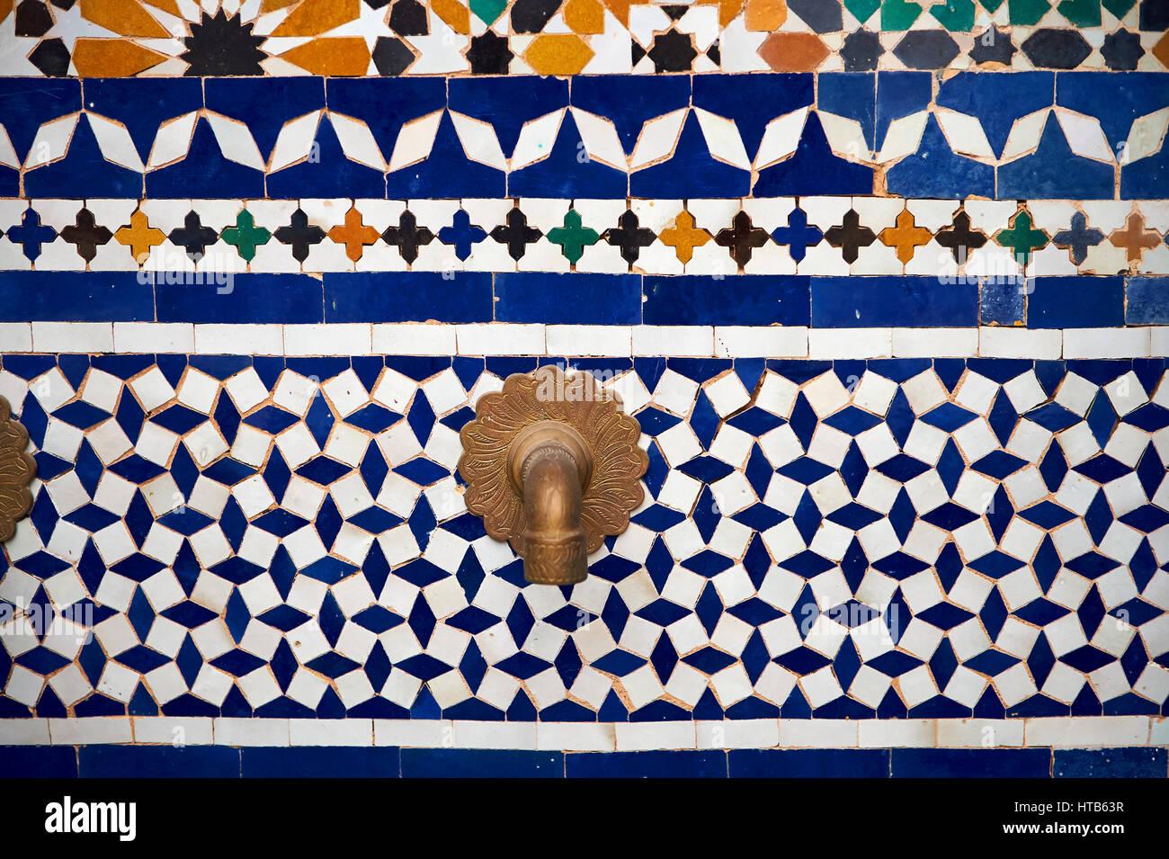 Berber arabesque piastrelle zellige del museo di marrakesh nel dar