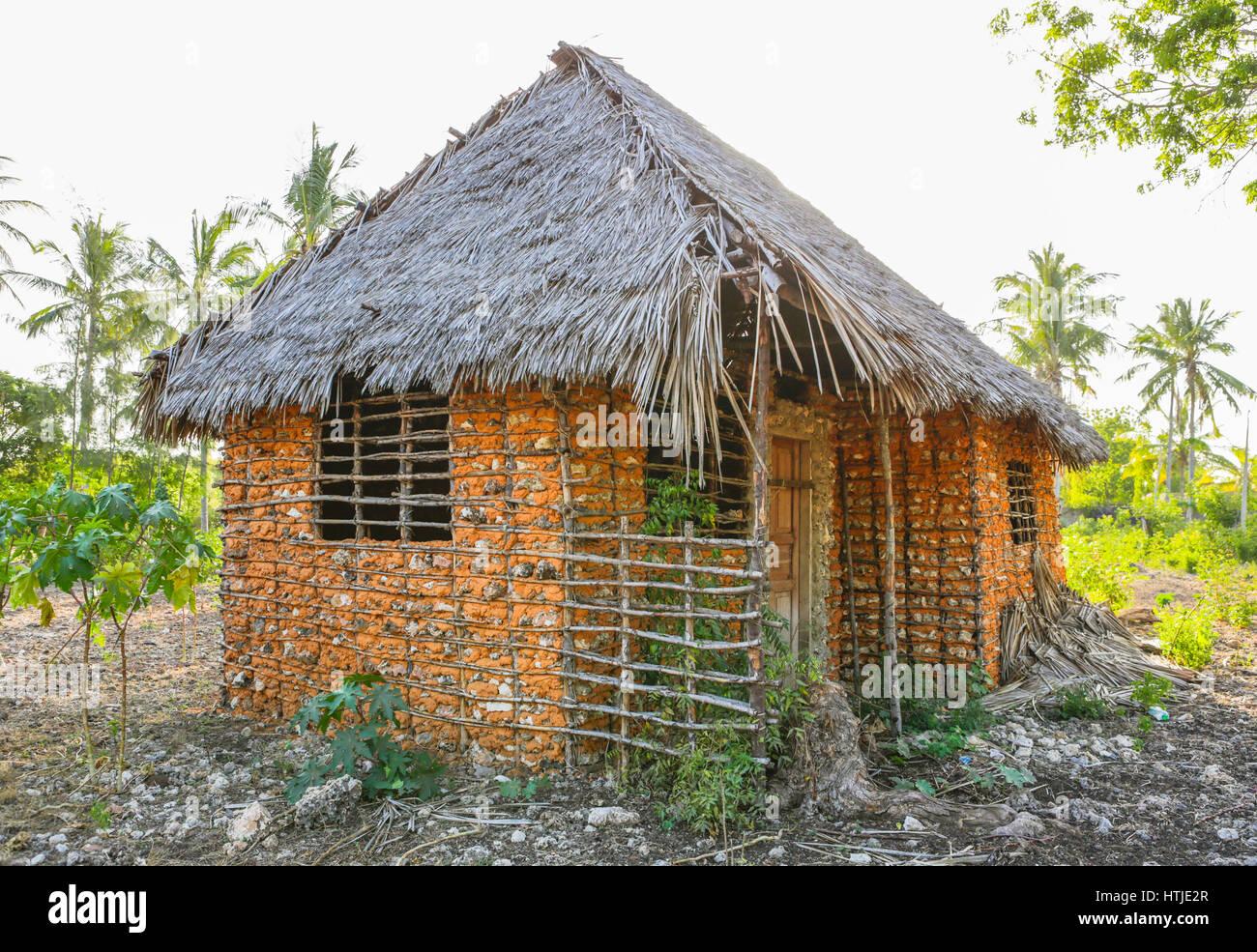 tradizionale casa africana nella regione di malindi kenya