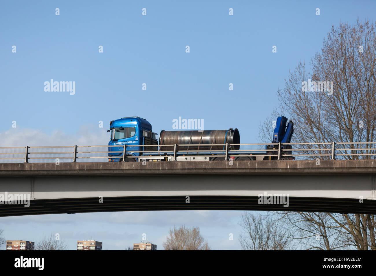 Fabbricazione di acciaio su un autocarro nelle Midlands Immagini Stock