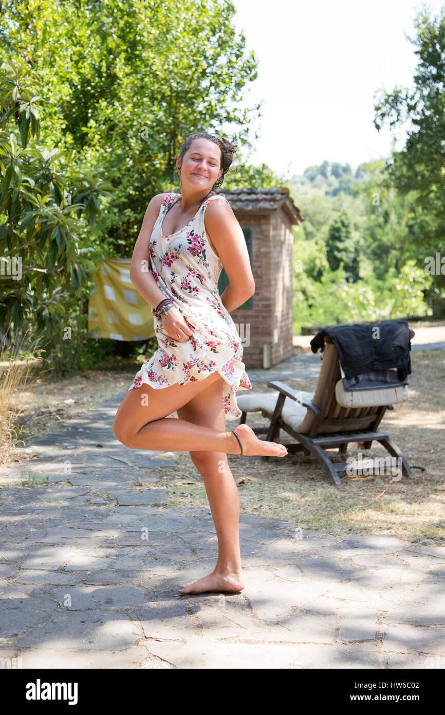 Felice ragazza in Italia Immagini Stock