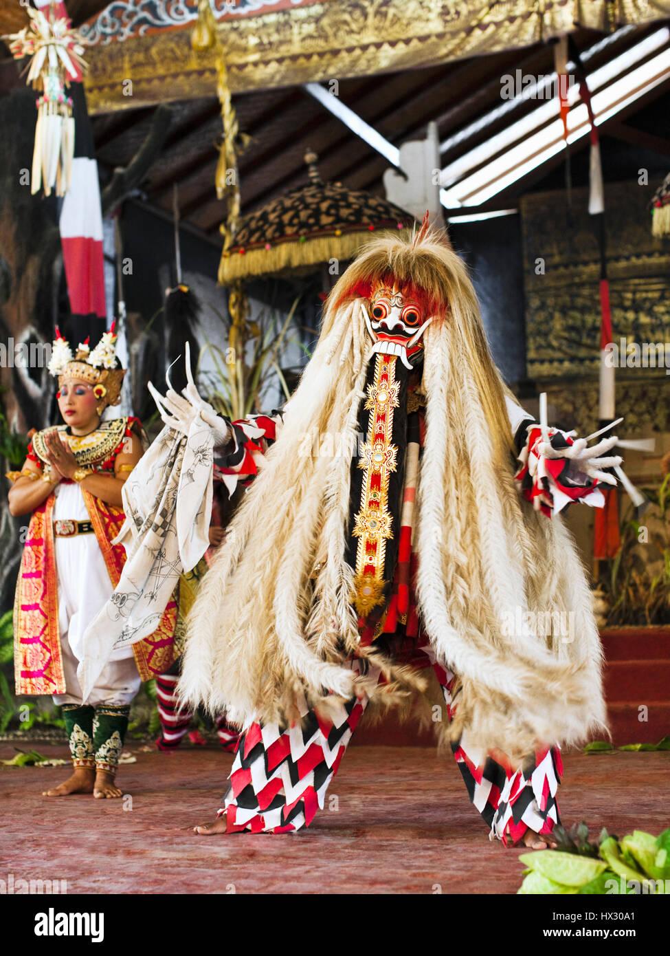 Il Barong e danza Keris, Bali, Indonesia Immagini Stock