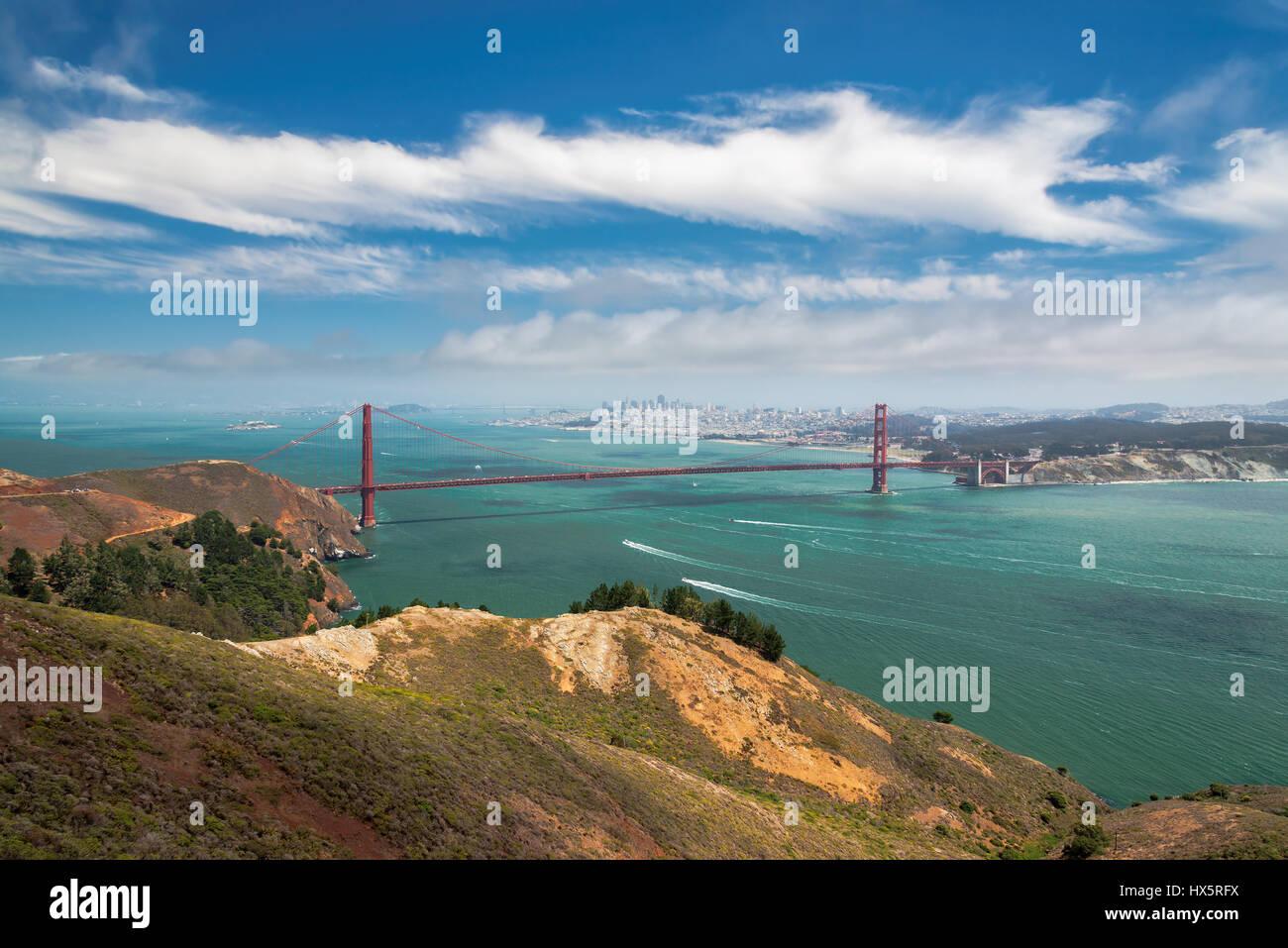 Skyline di San Francisco e il Golden Gate Bridge, California. Immagini Stock