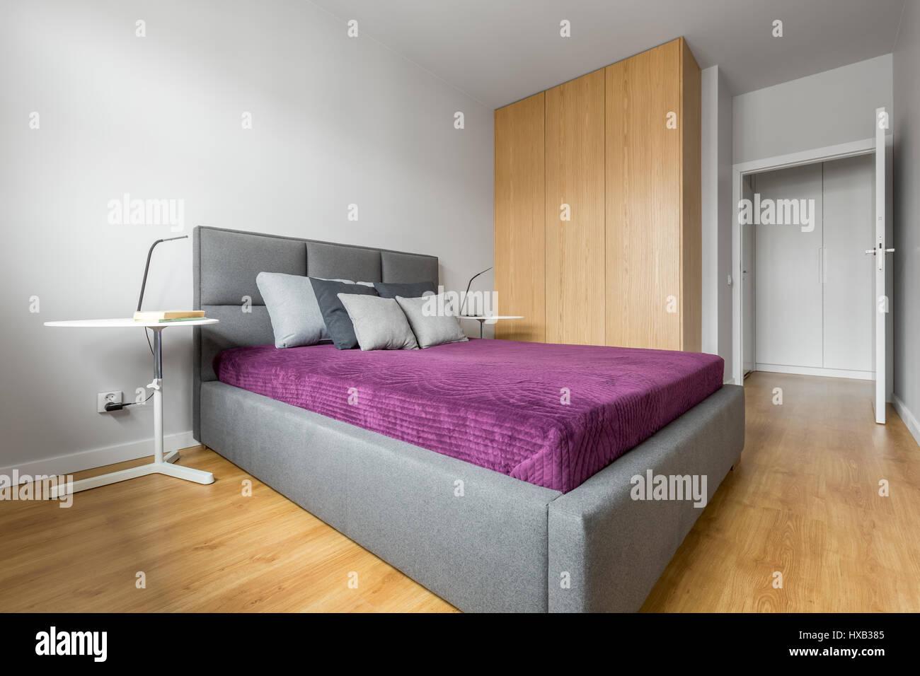 Camere Da Letto Stile Minimalista : Camera da letto progettato in stile minimalista con grande letto