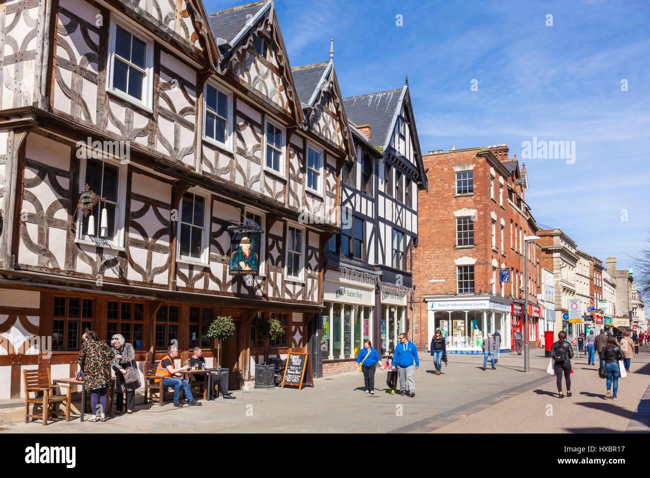Gloucester city centre GLOUCESTERSHIRE REGNO UNITO pub esterno high street regno unito Immagini Stock