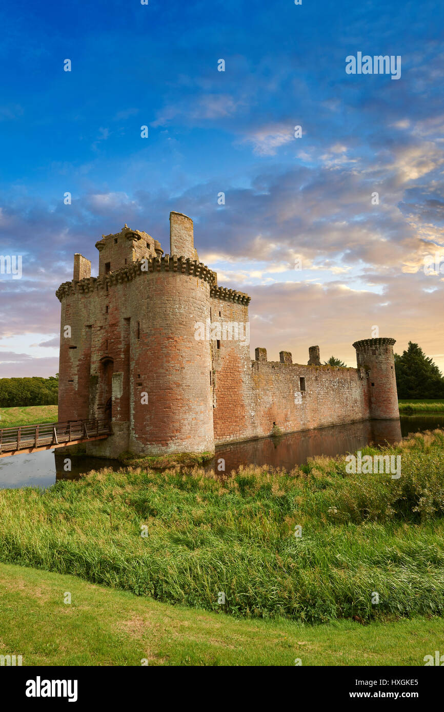 Esterno del Caerlaverock Castle, Dumfries Galloway, Scozia, Immagini Stock