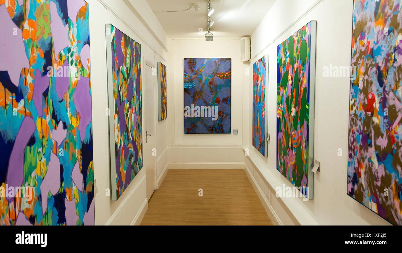 Mostra d'Arte 'ecrets' da Patrick Butler allo Strand Gallery di Londra, Regno Unito Immagini Stock