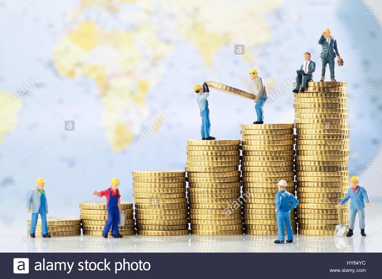 Gli uomini di lavoro creazione globale di crescita aziendale Immagini Stock