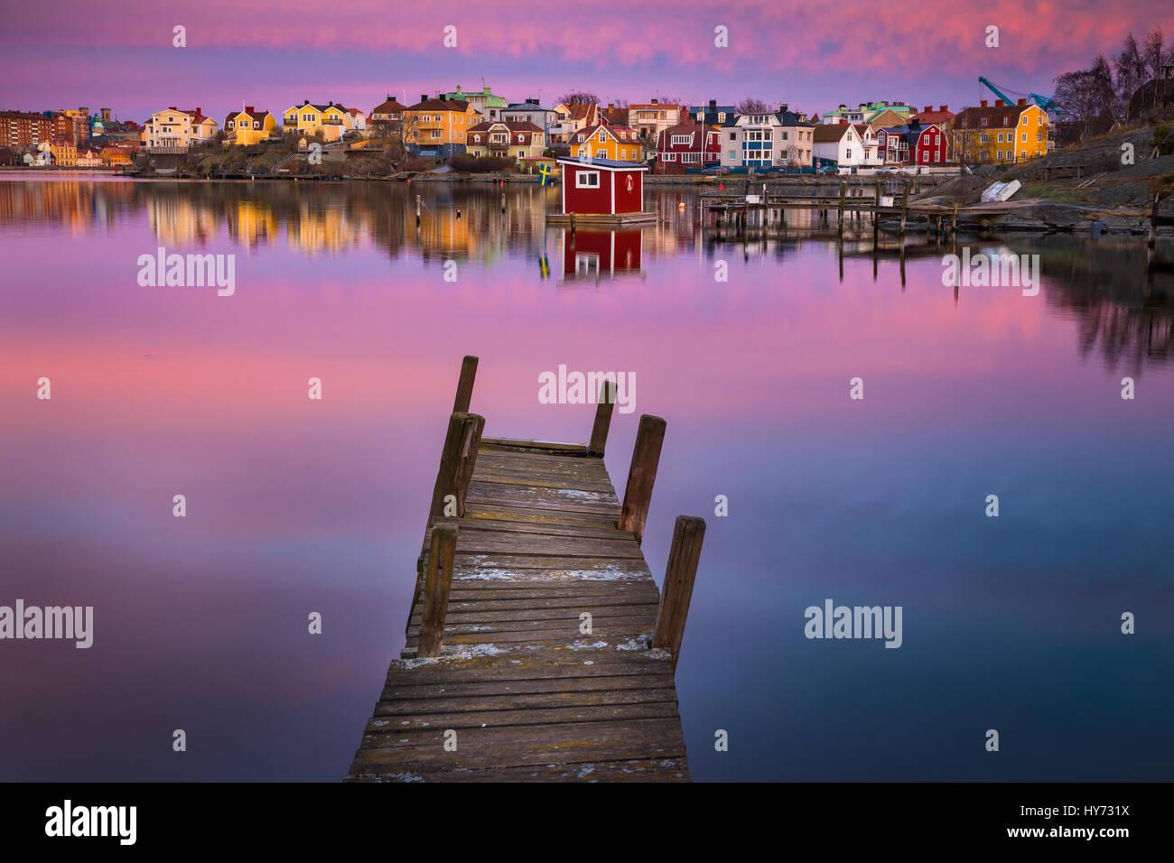 Dock e edifici in Karlskona, Svezia ..... Karlskrona è una località e la sede del Comune di Karlskrona, Immagini Stock