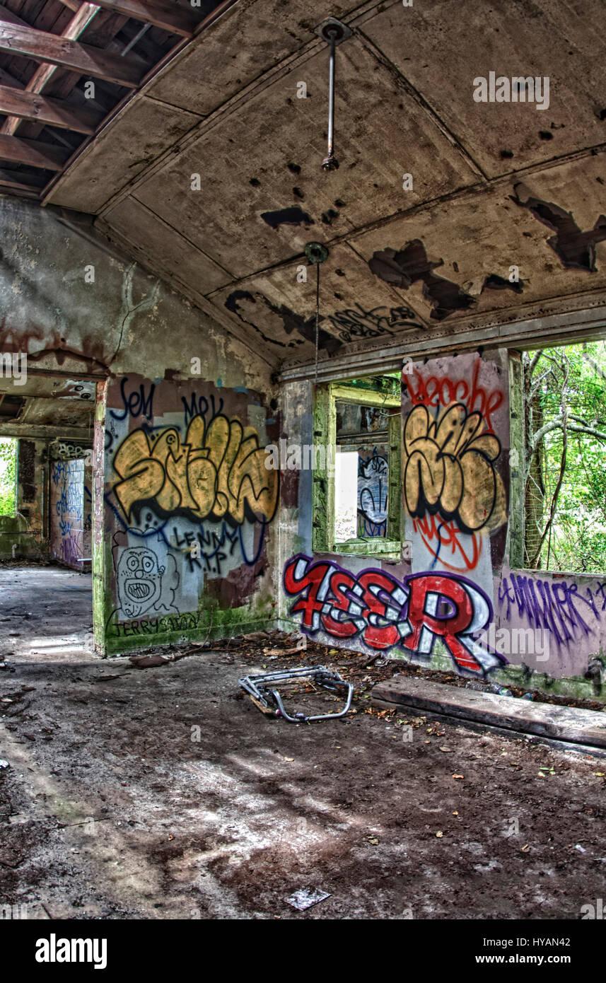 New York Stati Uniti D America Fort Tilden Coperto Di Graffiti