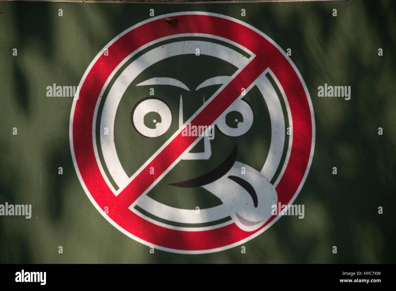 Non infastidire gli animali divertenti scheda di istruzioni, nandankanan zoological park, Orissa, Asia, India Immagini Stock