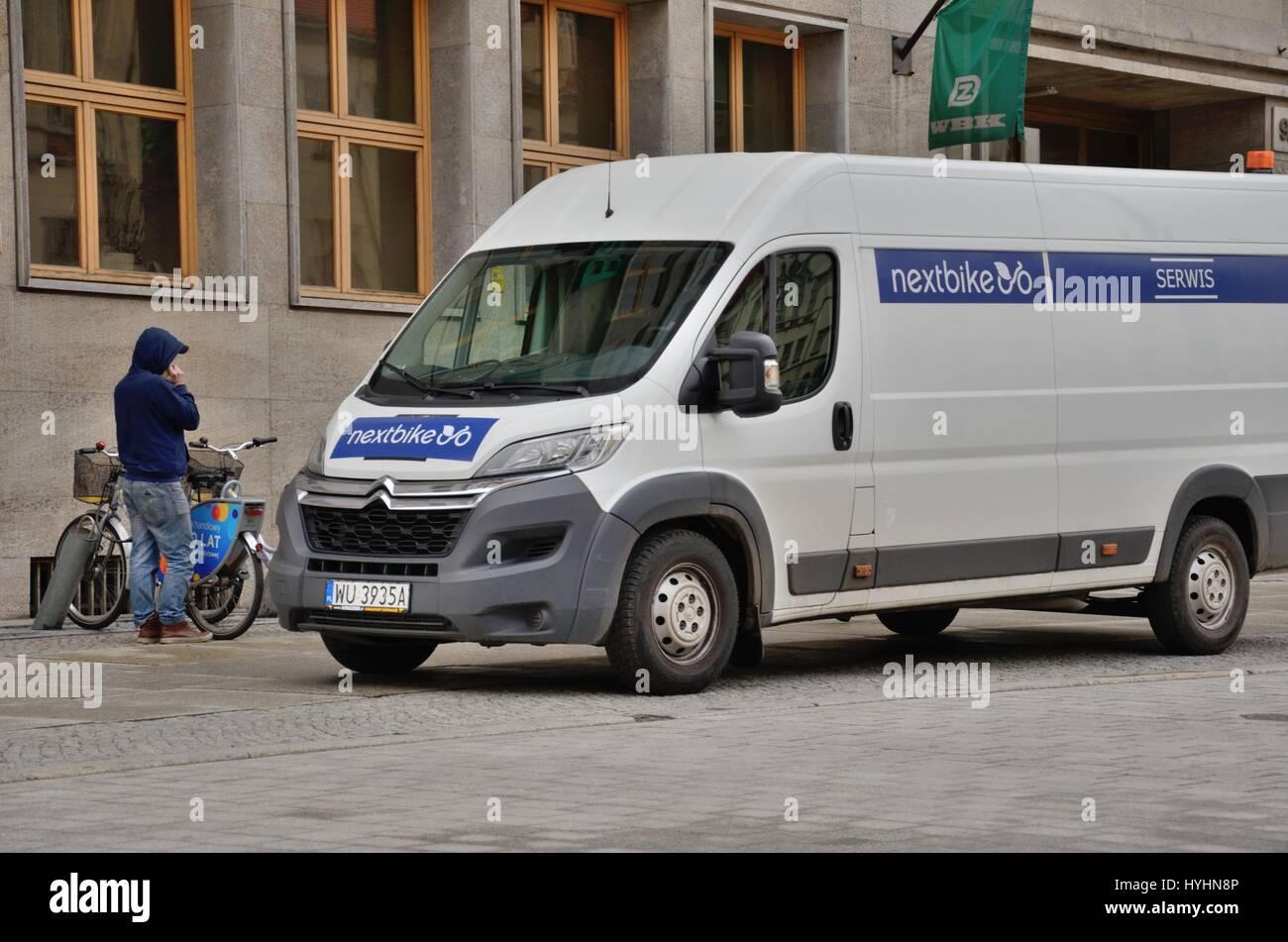 Nextbike carrello di servizio, Wroclawski Rower Miejski (WRM), Polonia Immagini Stock
