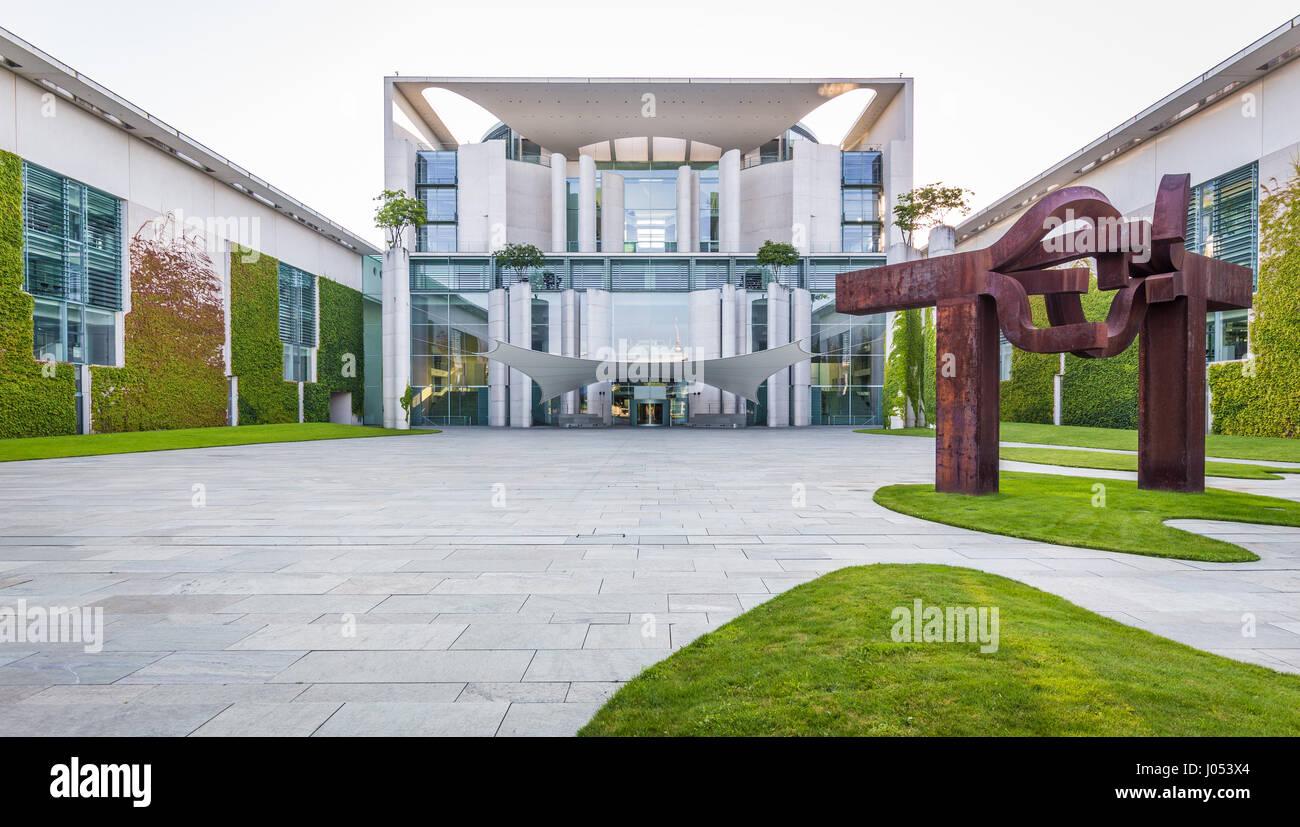 Ufficio In Tedesco : Vista panoramica del bundeskanzleramt tedesco cancelleria