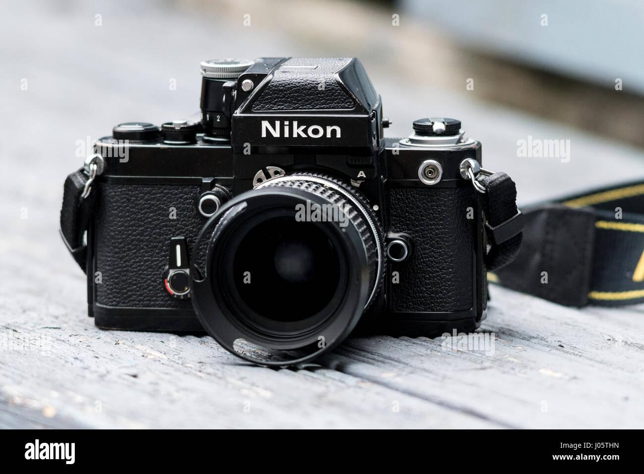 Nikon F2una reflex a lente singola pellicola 35mm Fotocamera, rilasciato per la prima volta nel 1971. Immagini Stock