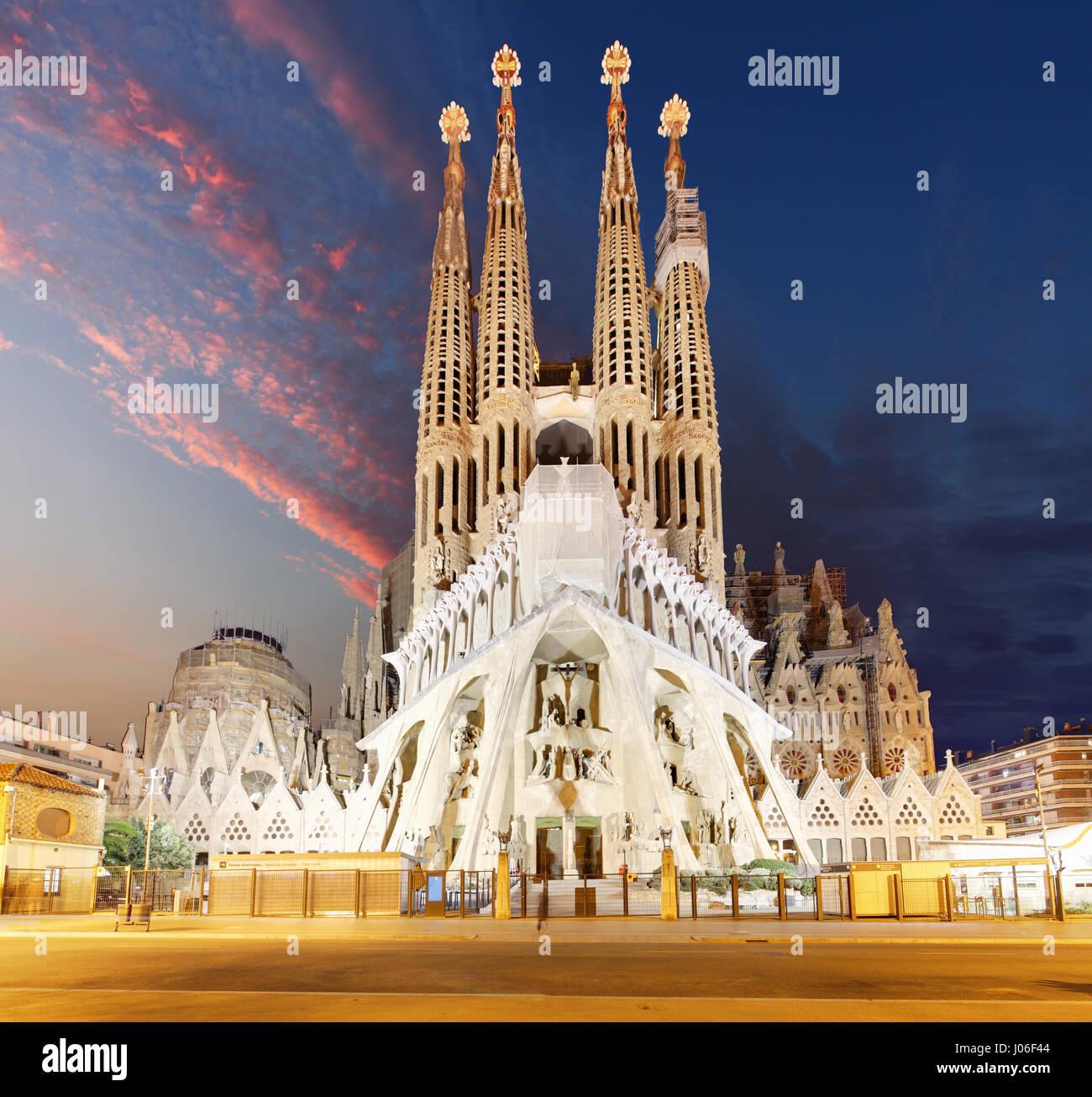 Barcellona, Spagna - 10 febbraio 2016: Sagrada Familia basilica di Barcellona. Le opere di Antoni Gaudì capolavoro Immagini Stock