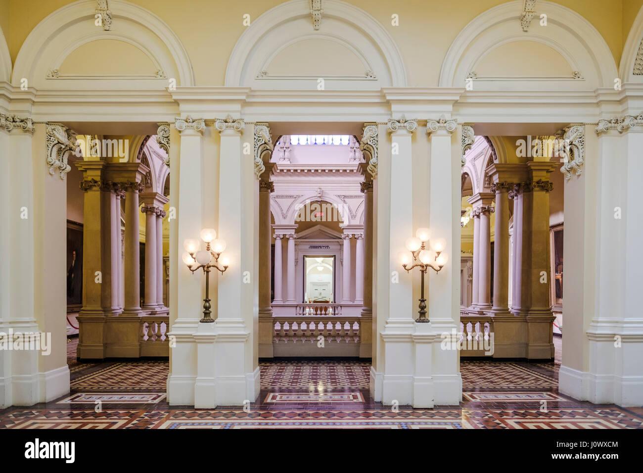 Osgoode hall rotunda ingresso vista dal grande biblioteca