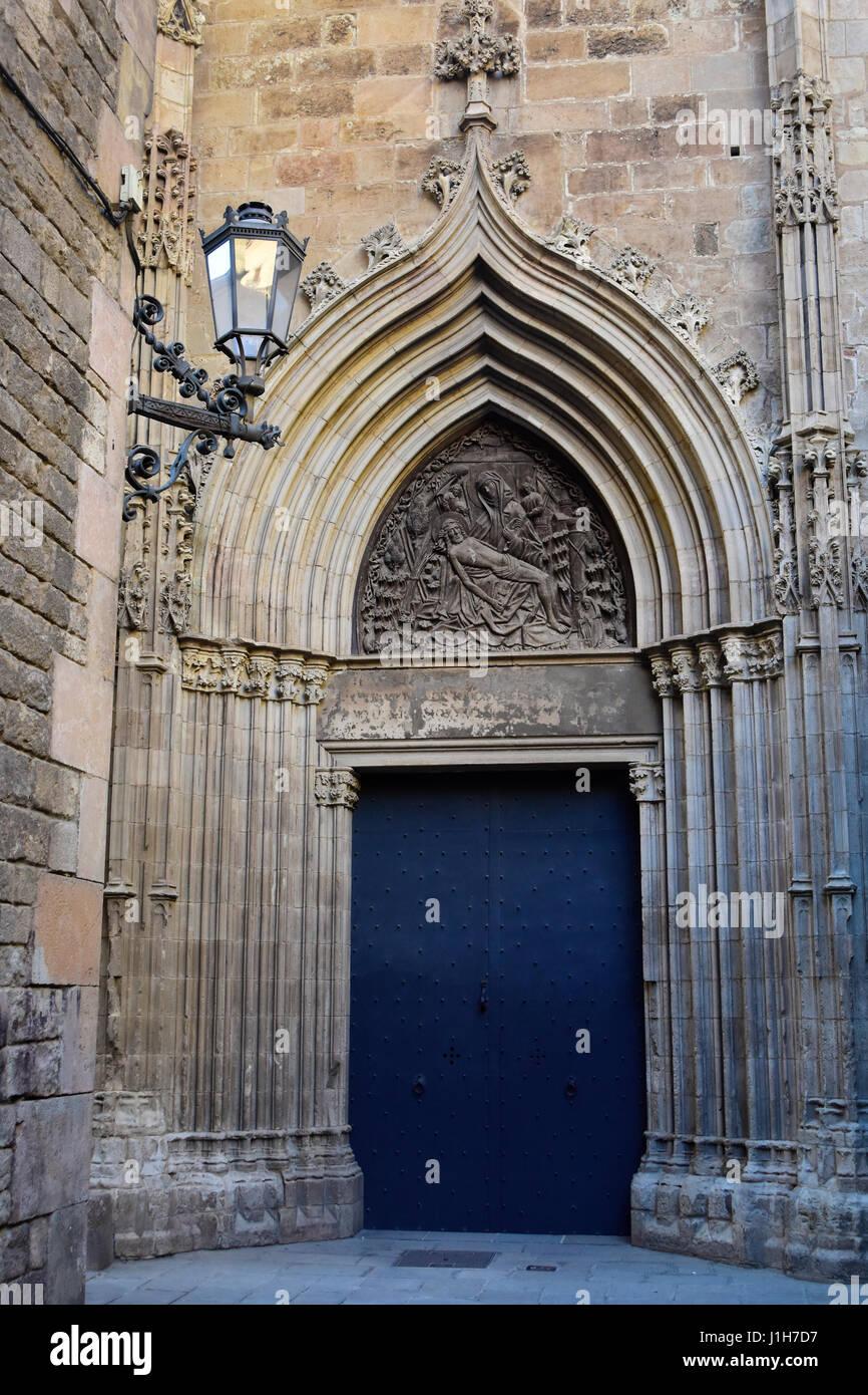 Porta de la Pietat, porta della Misericordia. Cattedrale di Santa Croce e di Santa Eulalia, Cattedrale di Barcellona, Foto Stock