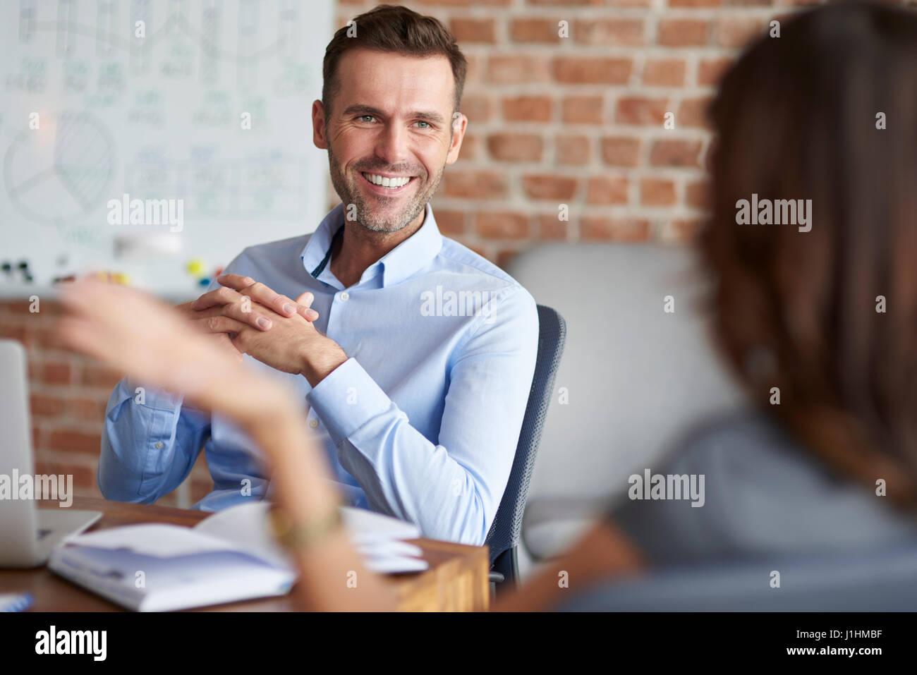 Il colloquio di lavoro in azienda Immagini Stock