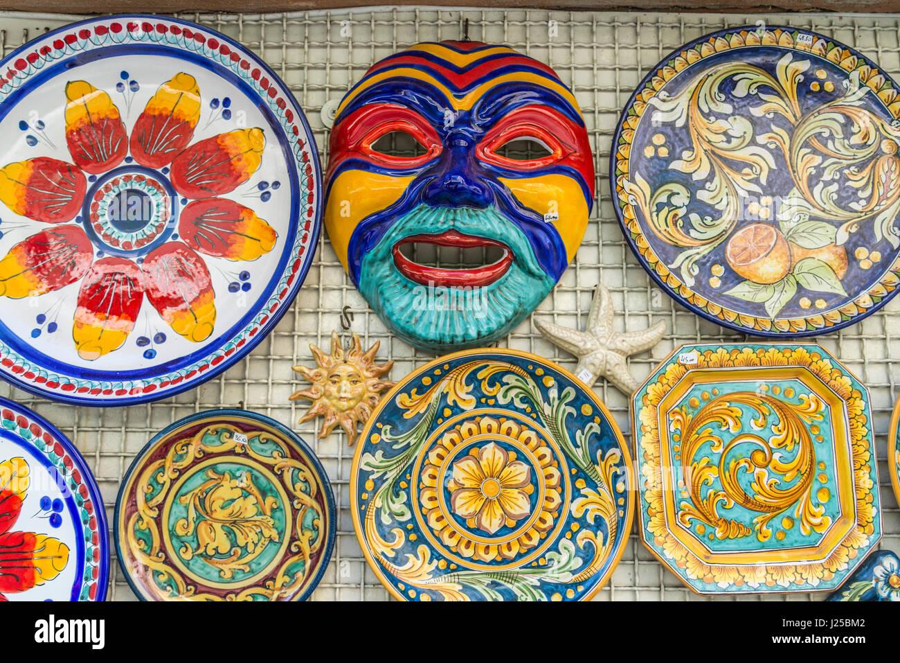 Ceramics of taormina immagini ceramics of taormina fotos stock