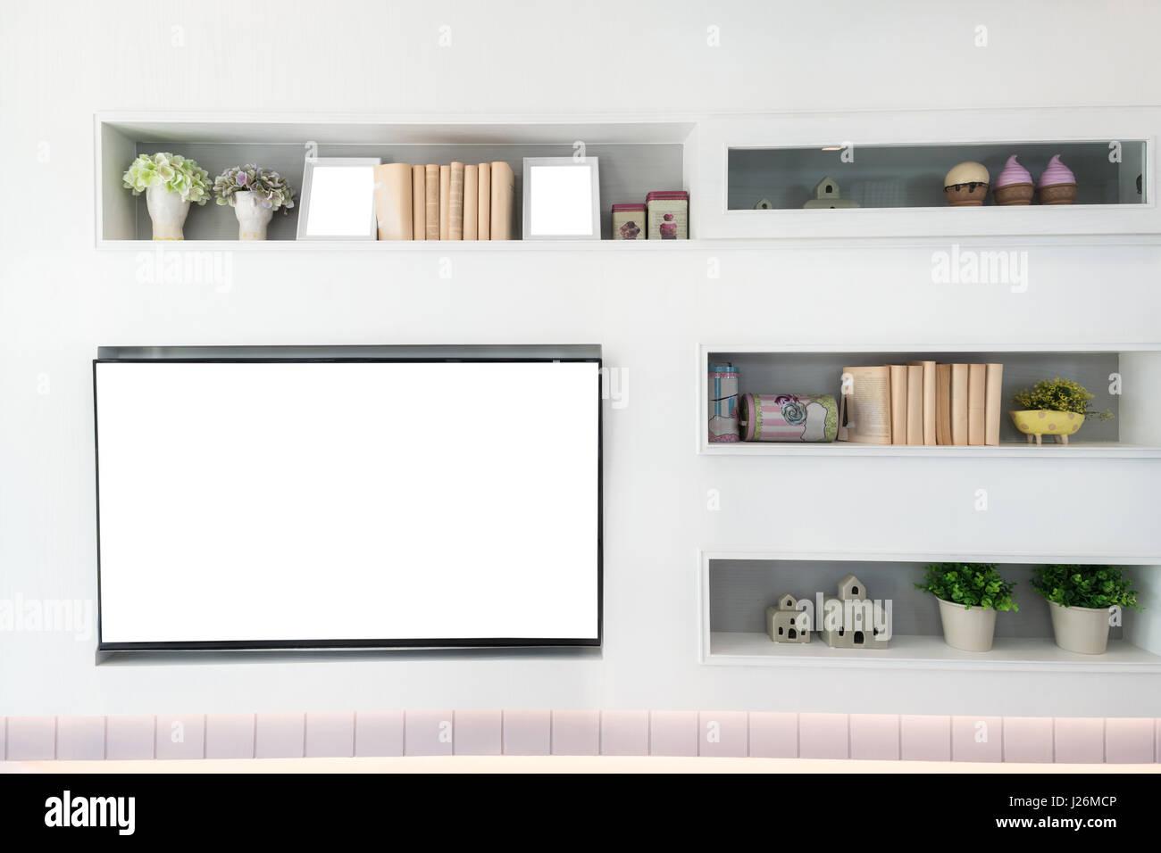 TV e mensola in soggiorno in stile contemporaneo. Mobili in legno di ...