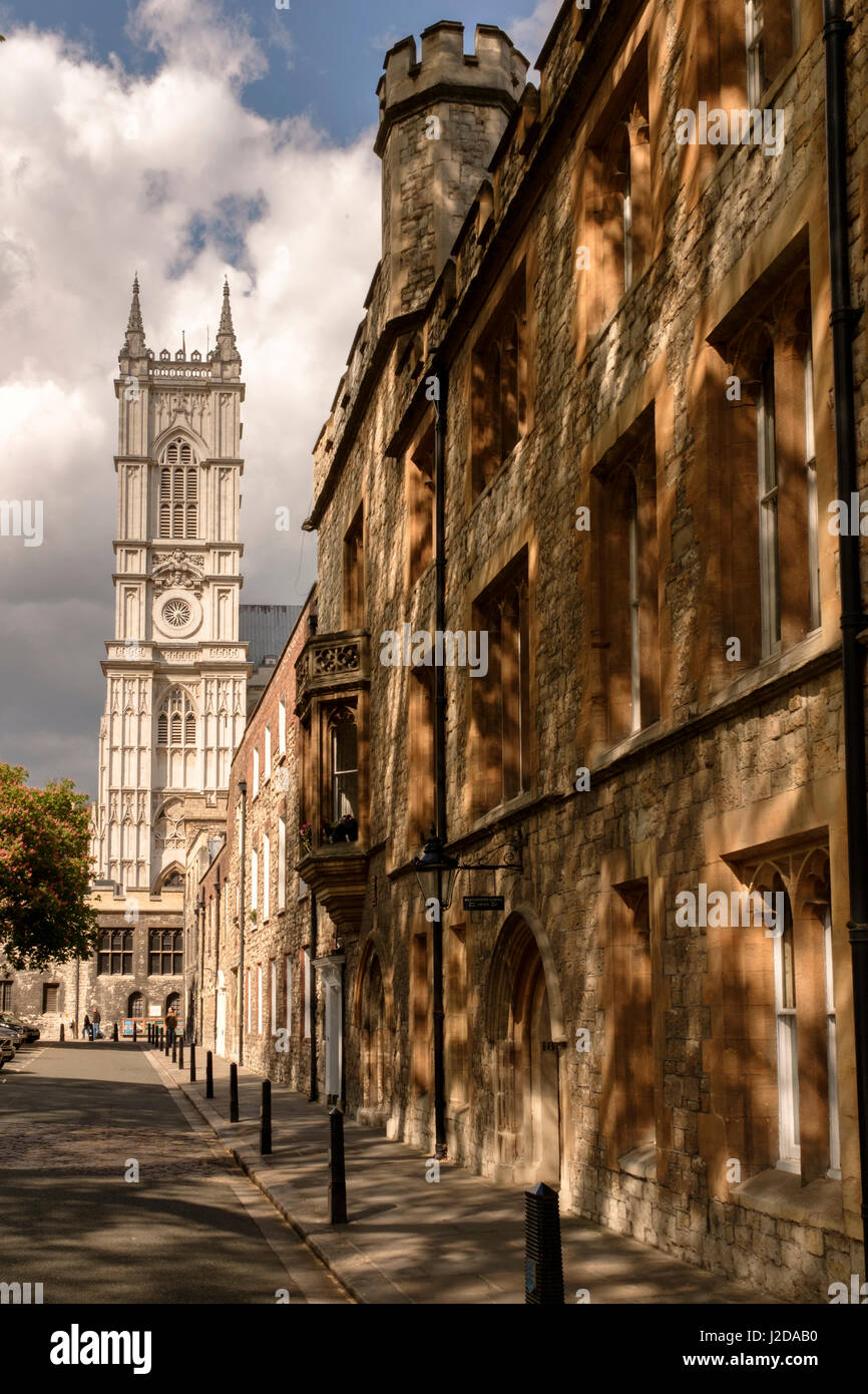 L'Inghilterra,London-Westminster Abbey Precincts-Dean's Yard Foto Stock