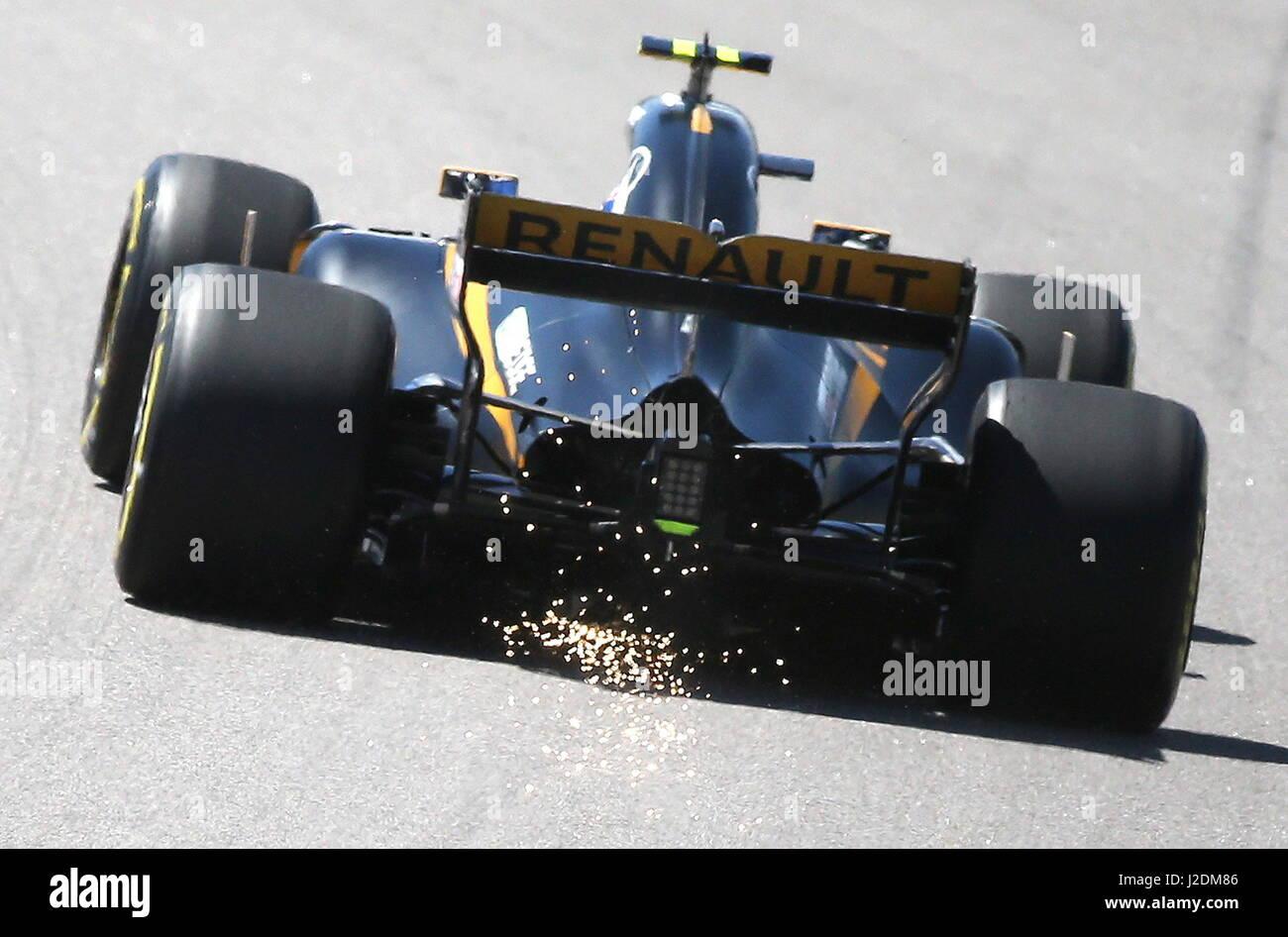 Sochi, Russia. 28 apr, 2017. Una sessione di prove libere in vista del 2017 Formula Uno VTB Russo Grand Prix a Sochi Foto Stock