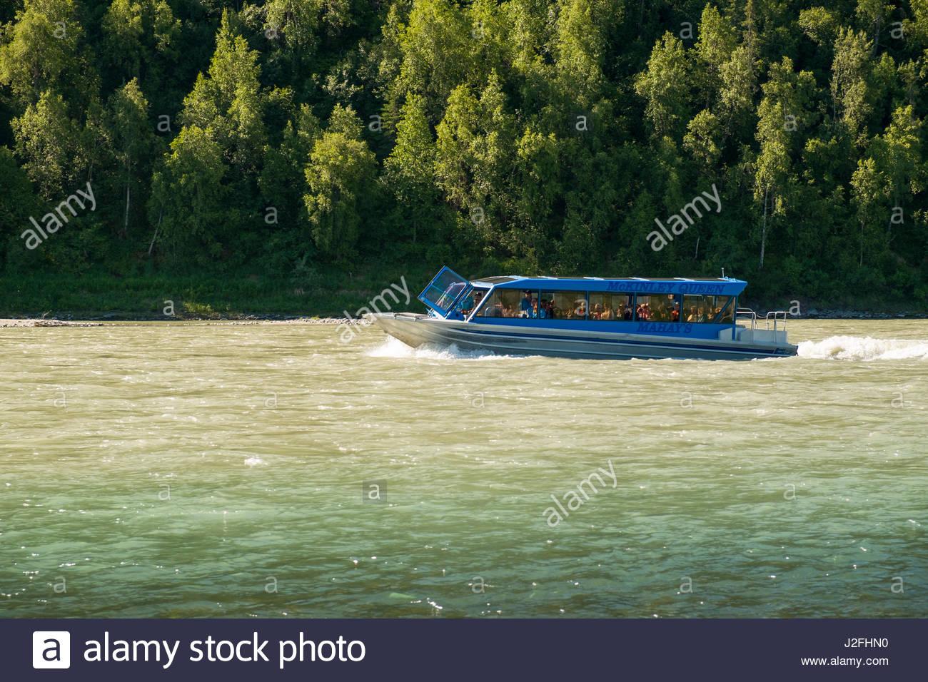 Mahay McKinley della regina Jet entrobordo tour in barca che viaggiano a monte sul fiume Susitna, Matanuska-Susitna, Immagini Stock