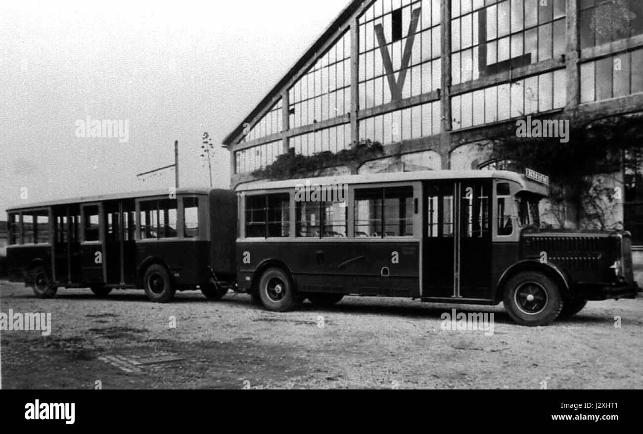 Autobus Atac articolato Immagini Stock