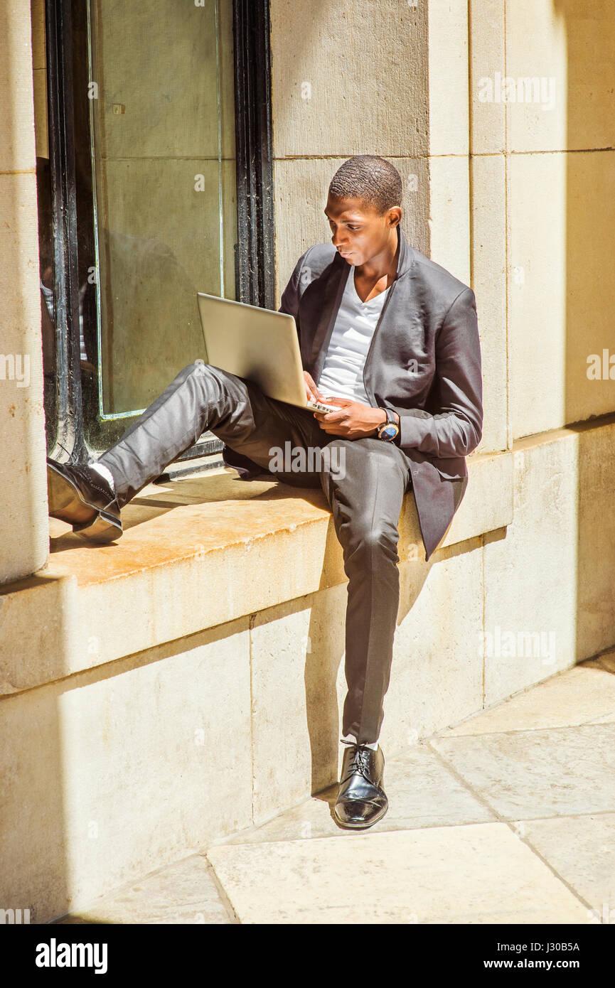 africano viaggio Giovane a americano studio in York New uomo zwU5faqH
