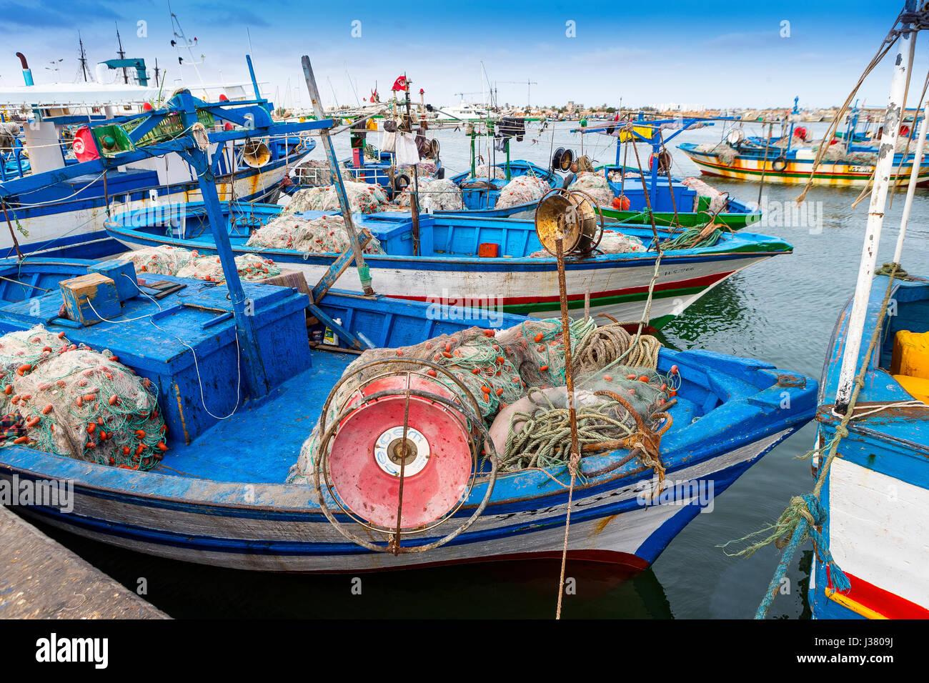 La pesca tradizionale imbarcazione in rHoumt Souk, Marina, Tunisia, barche da pesca, isola di Djerba, Immagini Stock