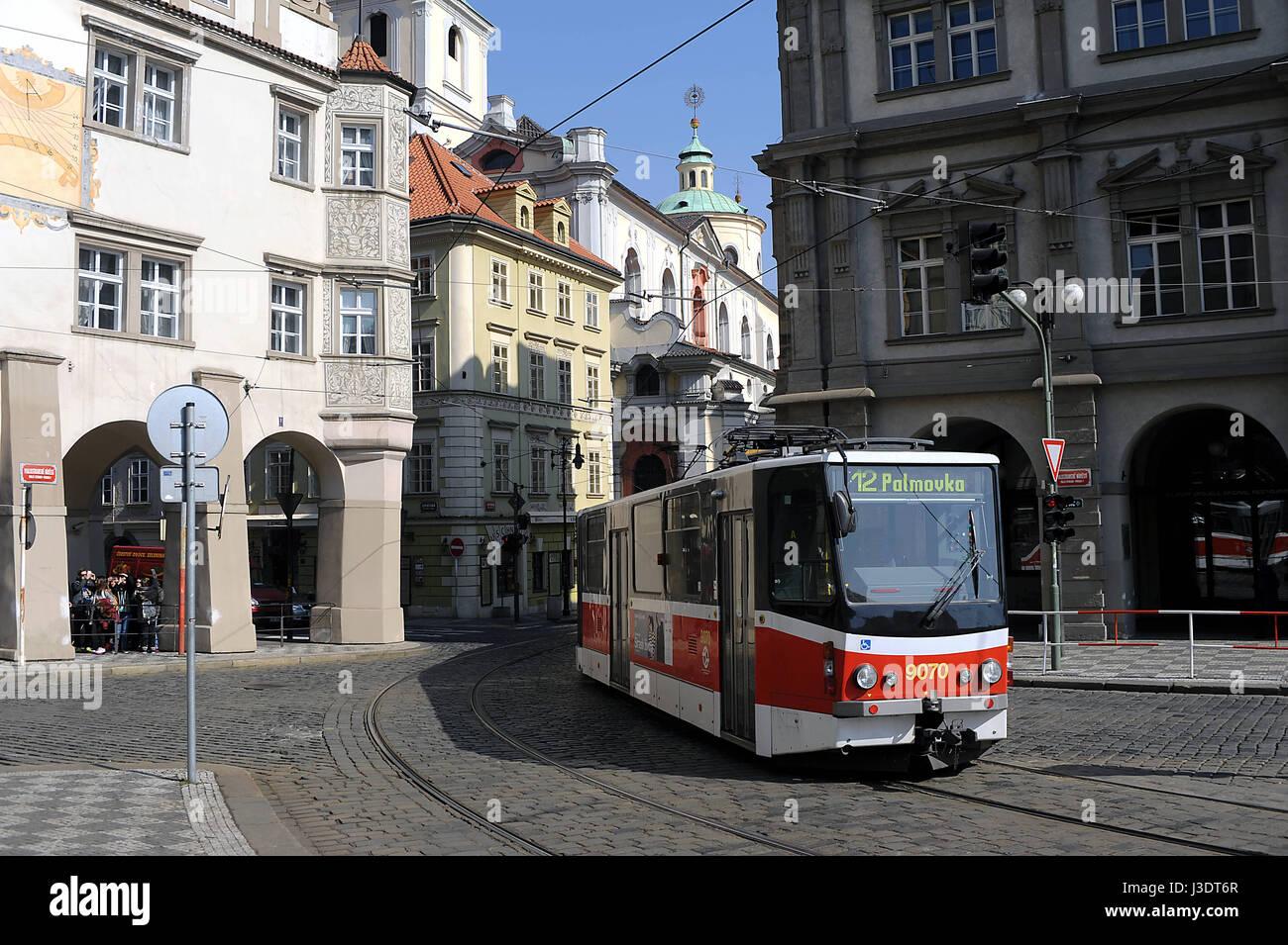 Repubblica ceca. Praga. 2015. Il tram Foto Stock