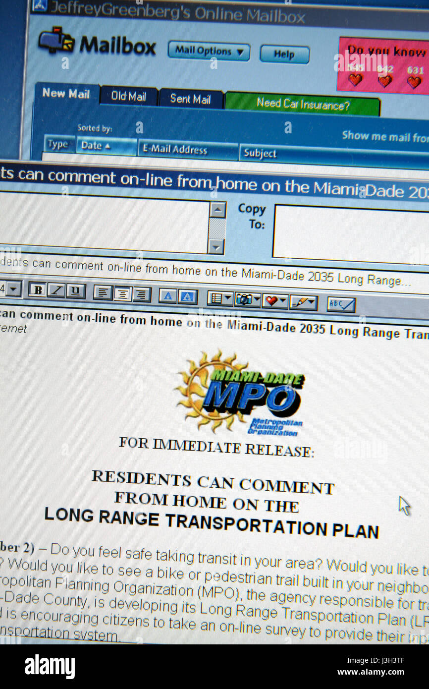 Miami Beach Florida computer monitor aol cassetta postale di posta elettronica comunicato stampa MPO Miami-Dade Immagini Stock