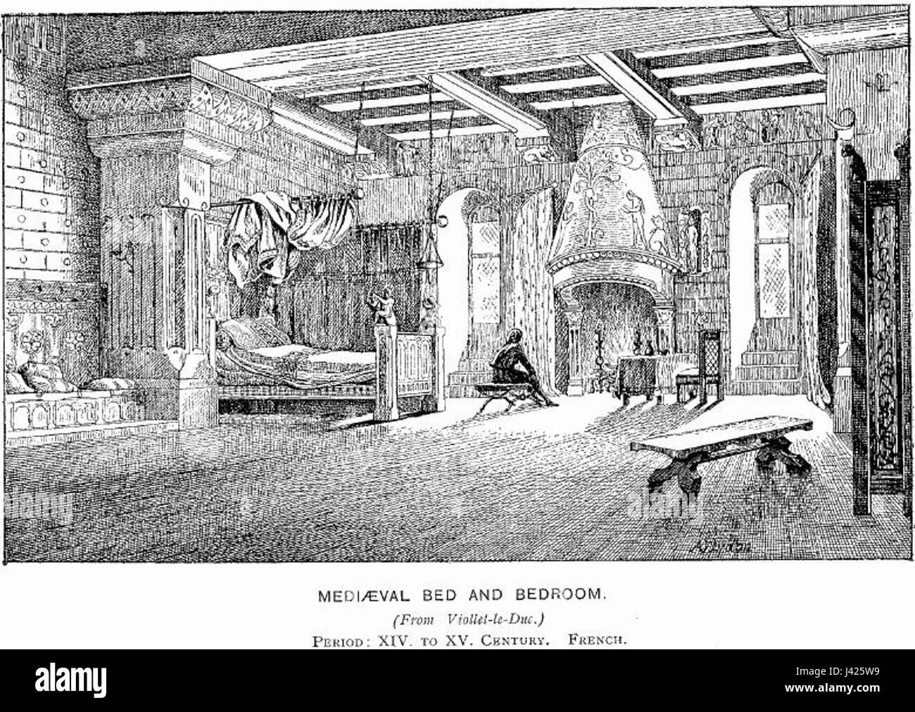Camere Da Letto Medievali : Letto medievale e la camera da letto foto immagine stock