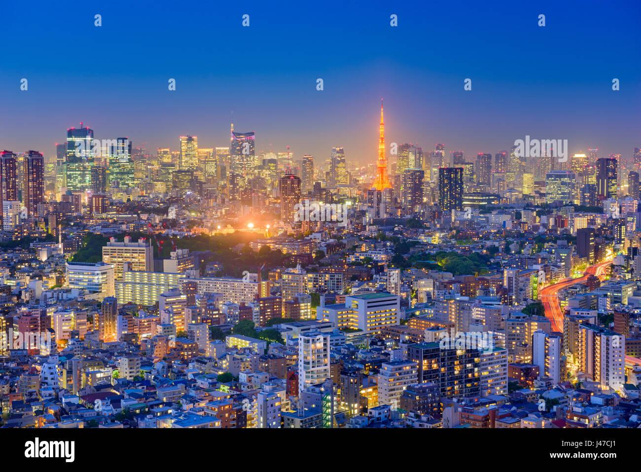 Tokyo, Giappone lo skyline della citta'. Immagini Stock
