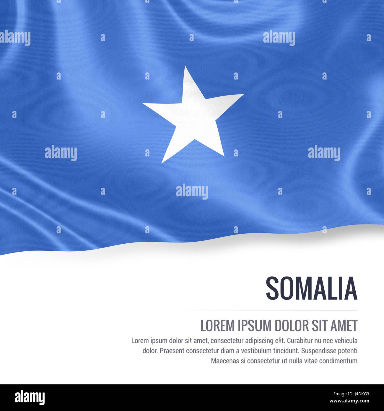 27a441108db836 Silky bandiera della Somalia sventolando isolato su un fondo bianco con il  testo bianco spazio per