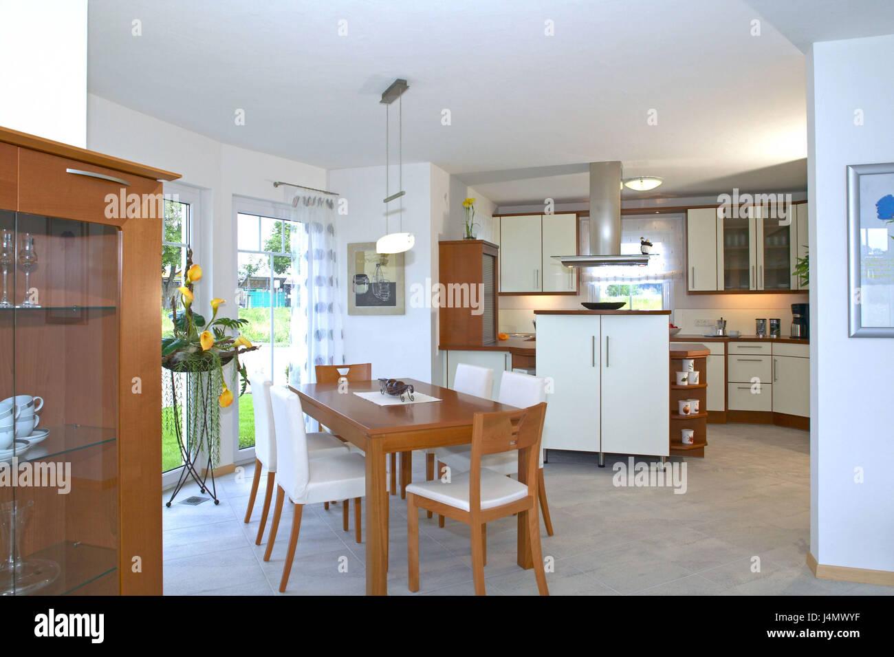 Casa unifamiliare, cucina, sala da pranzo, piatto quadrato vivente ...