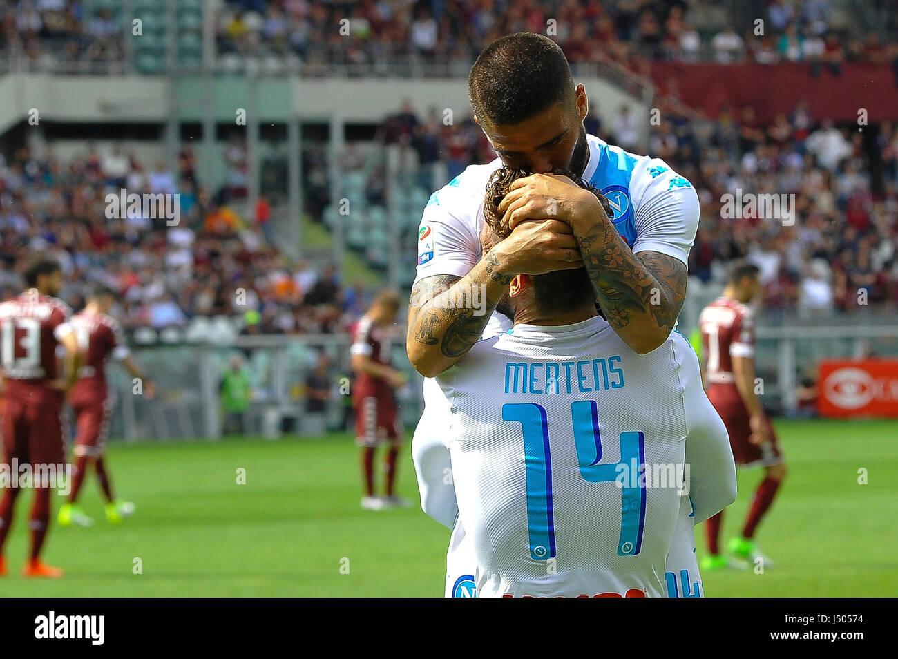 Torino, Italia. 14 Maggio, 2017. Mertens e Lorenzo Insigne durante il match di Serie A TIM tra Torino FC e SSC Napoli Immagini Stock