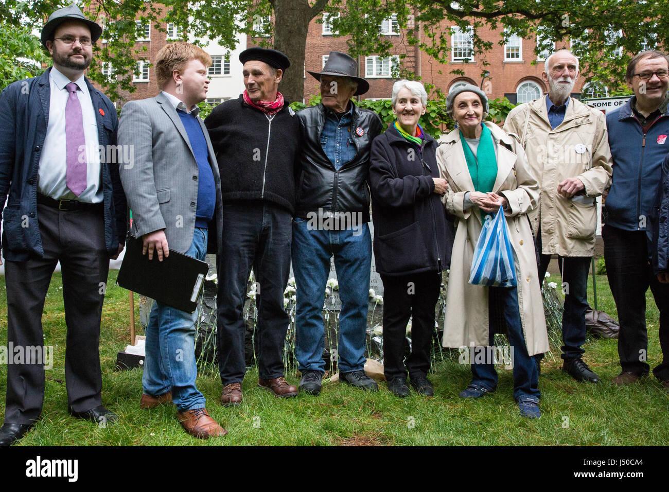 Londra, Regno Unito. 15 Maggio, 2017. I sostenitori della pace, tra cui Sir Mark Rylance (c), assistere ad una cerimonia Immagini Stock