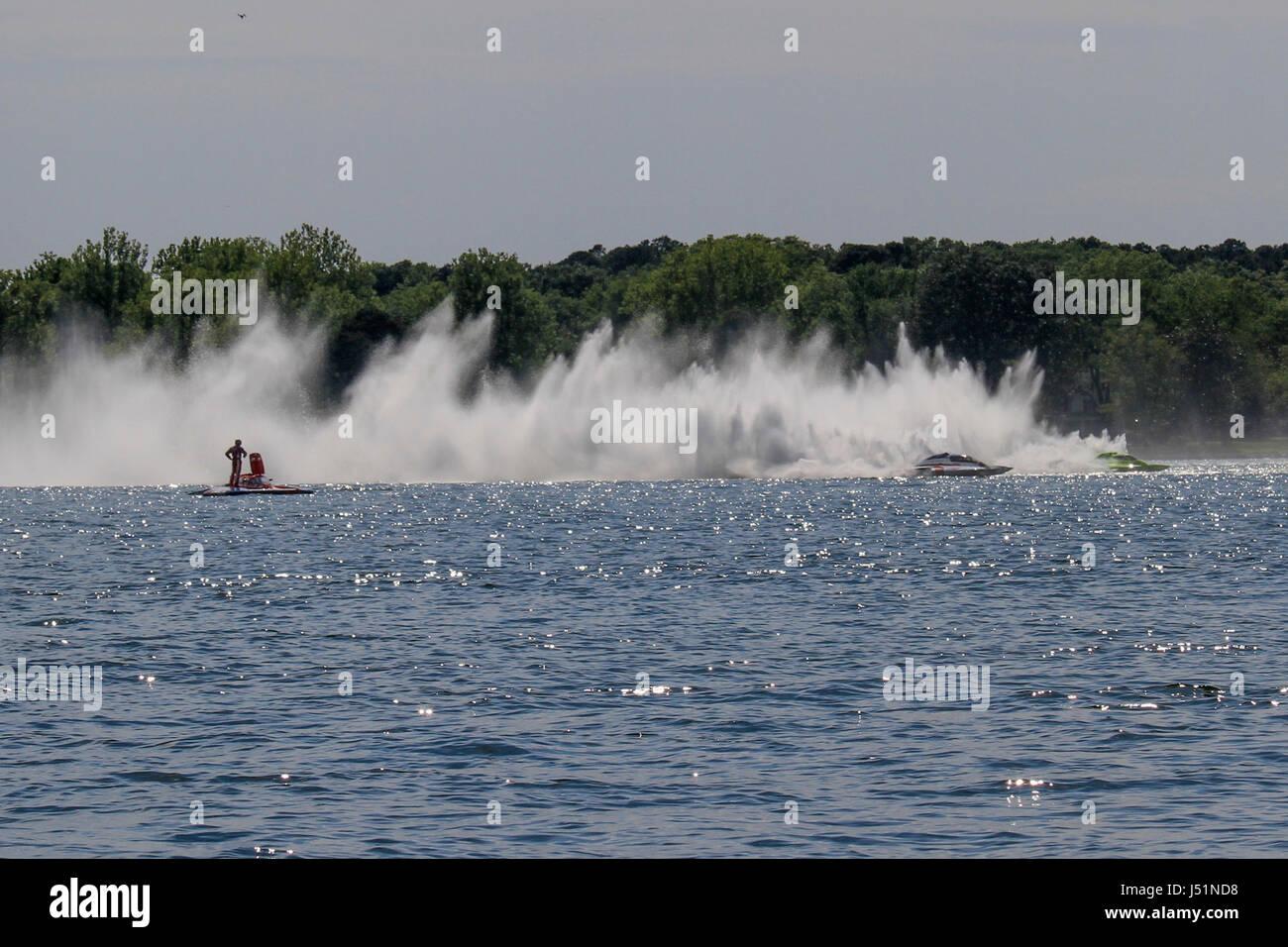 Cambridge power boat regatta - Il Cambridge Classic - Il primo concorso nel 2017 dell'idrovolante Racing League. Immagini Stock