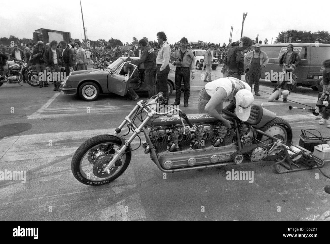 Archivio il rosso porsche killer con moto per motori horex una