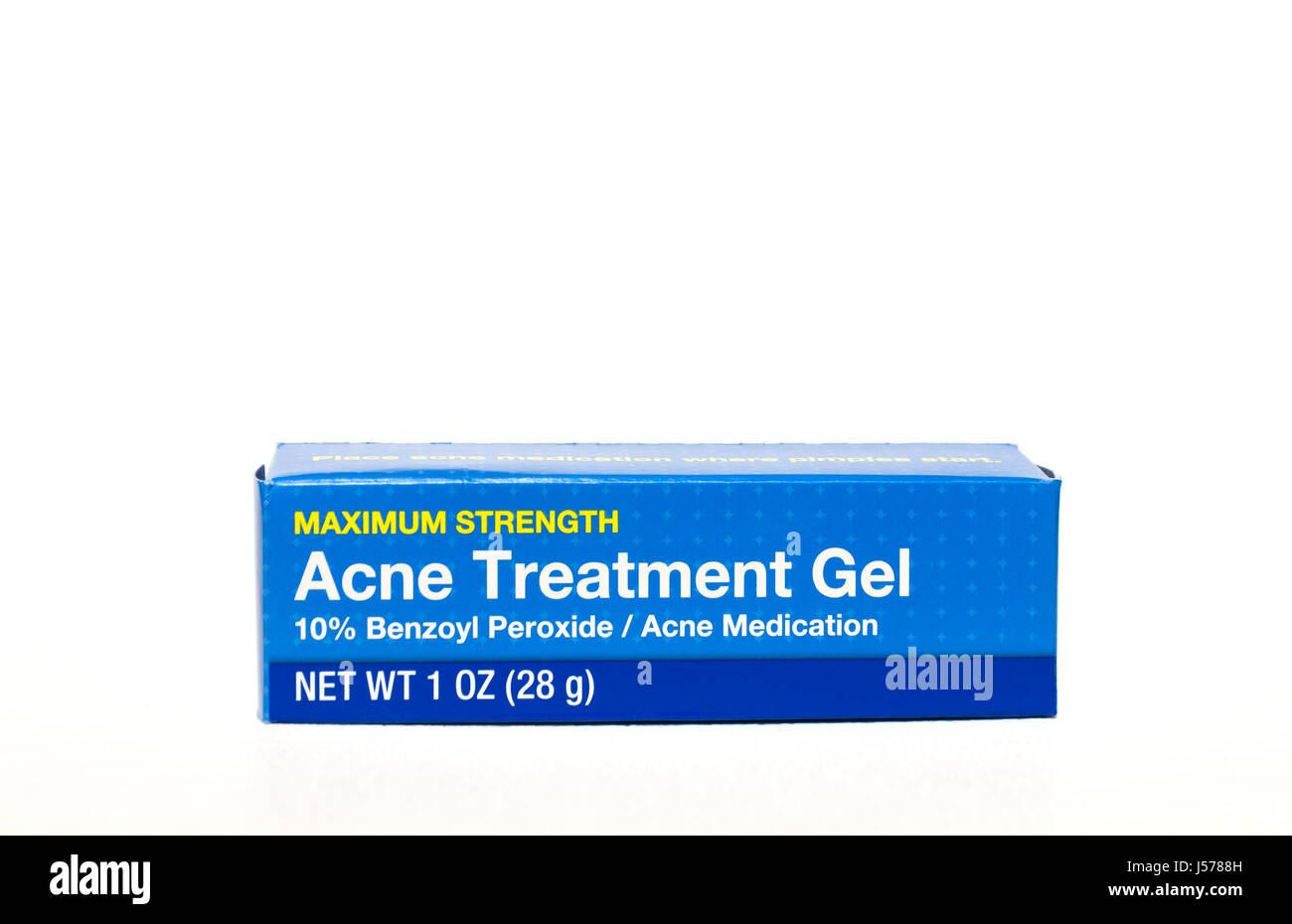 Acne di trattamento Gel contenente perossido di benzoile. Immagini Stock