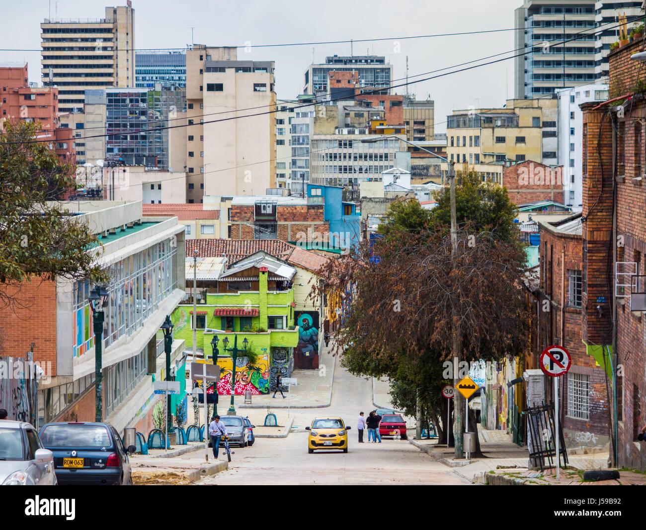 Un taxi rigidi fino alla collina in Candelaria, Bogotà, Colombia Immagini Stock