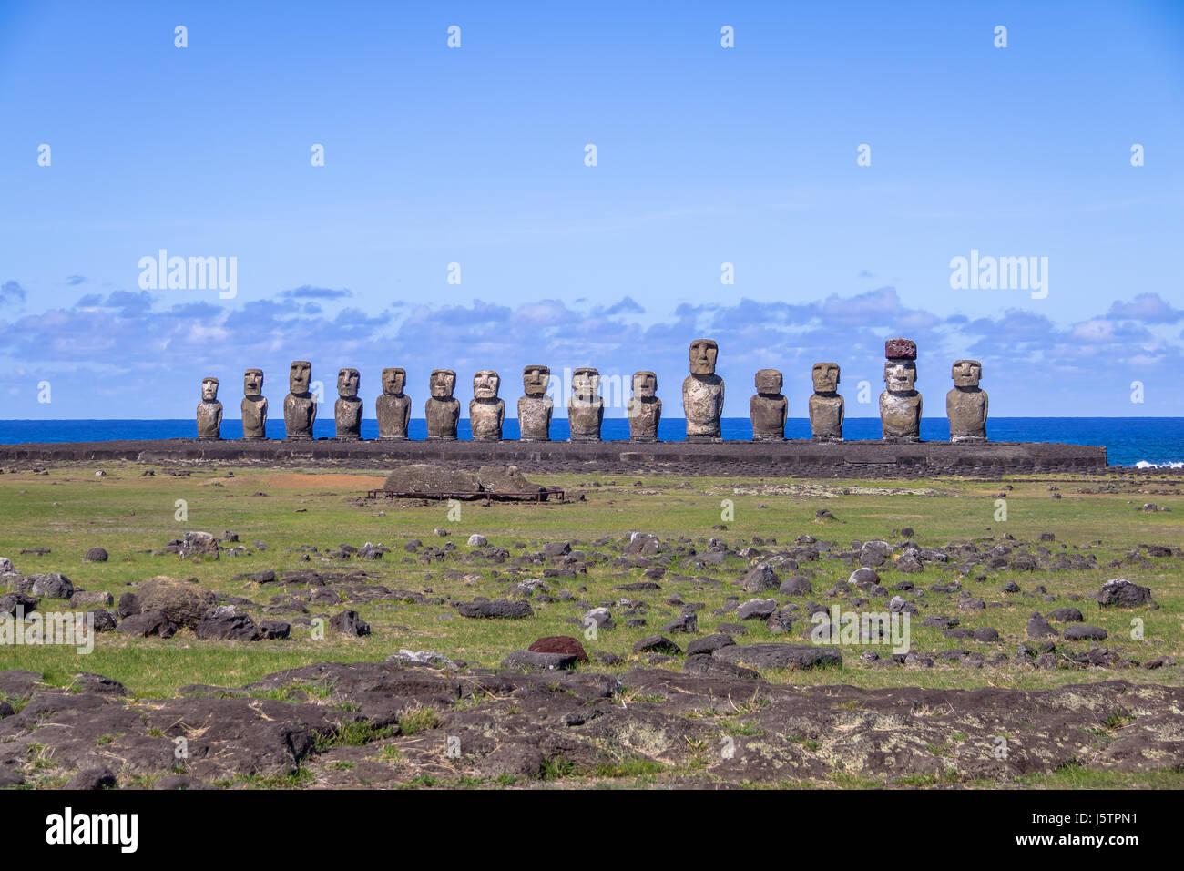 Moai Statue di Ahu Tongariki - Isola di Pasqua, Cile Immagini Stock